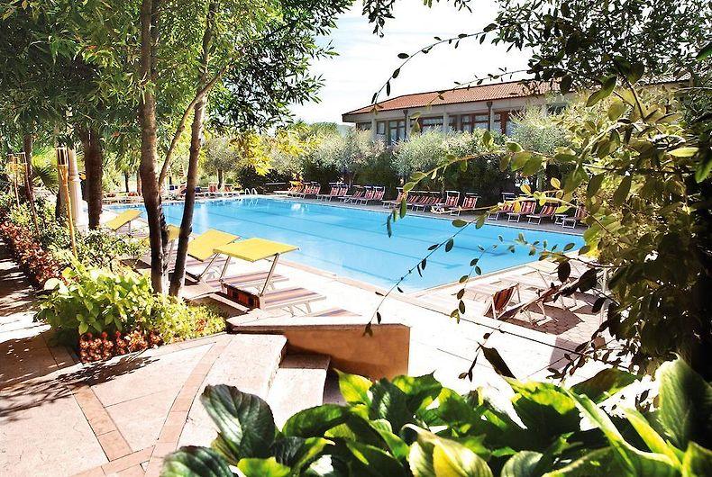 Letto A Castello Olimpo.Sport Hotel Olimpo Lake Garda 4
